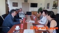 Вяра Церовска разговаря с френска фирма за транспорта в Перник 07_1469256291
