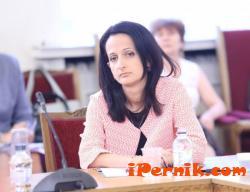 Карина Караиванова представи визията си за управлението на КФН 07_1469592774