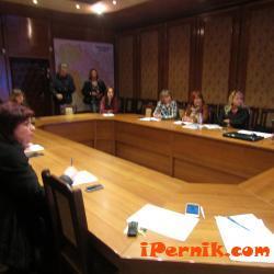 Организират разработването на областна стратегия за подкрепа за личностно развитие на децата и учениците 10_1477217374