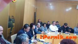 Обсъдиха зимното поддържане на пътищата, организацията на изборите и отстраняването на В и К авариите в Общината 11_1478148816