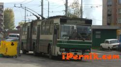 Кабелно-контактната мрежа на тролейбусния транспорт в Перник вече не е обект от първостепенно значение 12_1481262847