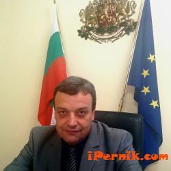 Областният управител направи поздравление по случай Коледните и новогодишни празници 12_1482741447