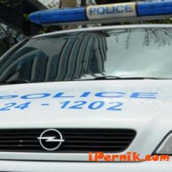 Криминално проявен е задържан за кражба от голям магазин в Радомир 01_1483787884