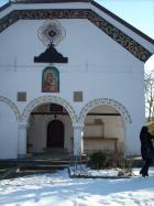 Черквата в Кленовик е строена по модел на тази в Рилския манастир